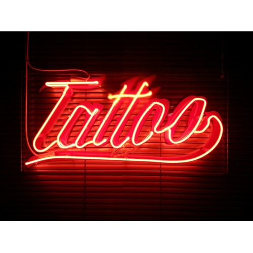 Επιγραφές ΝΕΟΝ Tattoo
